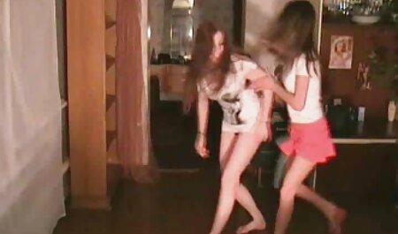 सुंदर लड़कियों के सेक्सी हिंदी फिल्म मूवी वीडियो मुंह में एक डिक के साथ संकलन