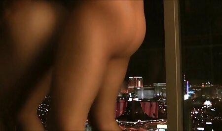 स्पेनिश कुतिया मूवी सेक्सी हिंदी में वीडियो पिछवाड़े में एक टैक्सी ड्राइवर की चुदाई करता है
