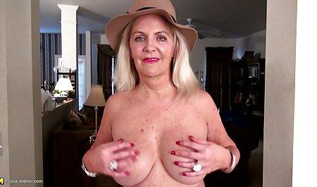 बड़े स्तन के साथ ग्लैमरस समलैंगिकों मीठा pussies सेक्सी वीडियो हिंदी में मूवी चाटना