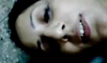 वेबकैम पर हिंदी मूवी सेक्सी वीडियो गर्म नृत्य लड़कियों